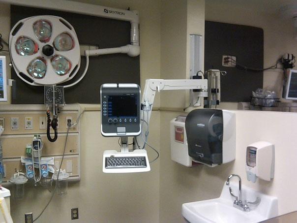 モニターアーム, 富士フイルム, SonoSite, ソノサイト, 超音波画像診断装置, ウォールマウント