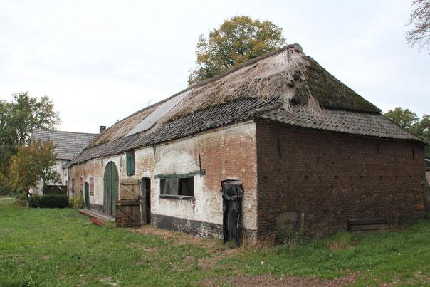 Boerderij en spieker Hazeldonk te Liessel, bouwhistorie