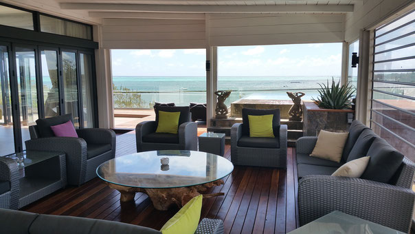 revente appartement grand Penthouse vue mer haut de gamme ile maurice Azuri