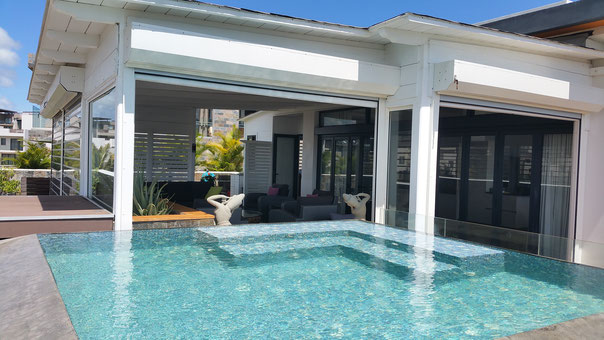 piscine Penthouse vue mer en revente à l'île Maurice