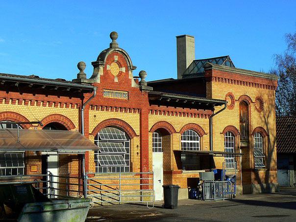 Schlachthof Rottenburg am Neckar. Abriß für Stadtsanierung oder regionale Wirtschaft sichern? Foto: commons.wikimedia.org