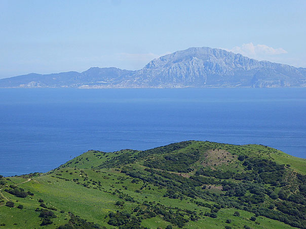 Blick über die Meerenge von Gibraltar nach Marokko