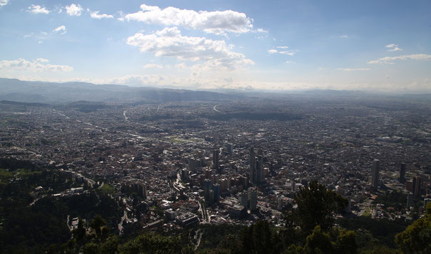 The view downhill from the Cerro Monserate over the whole city Bogotá was speechless.