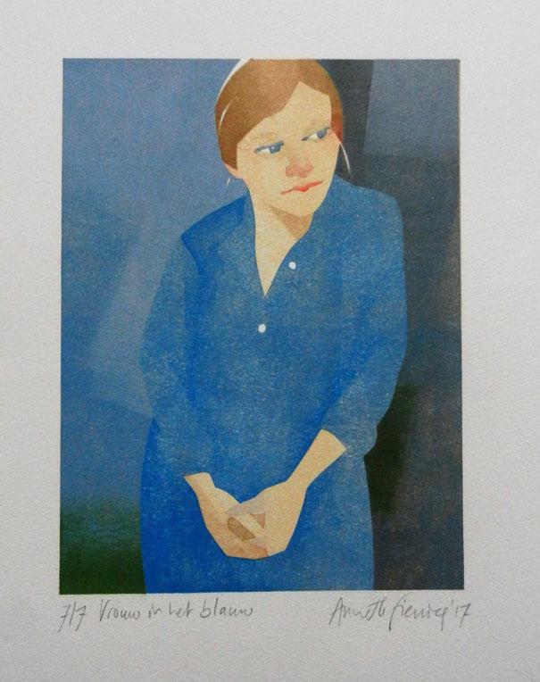 Vrouw in het blauw, 16x 21 cm; sjabloondruk 2017, Annette Fienieg