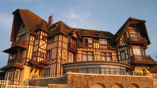 Il est beau et accueillant notre castel normand