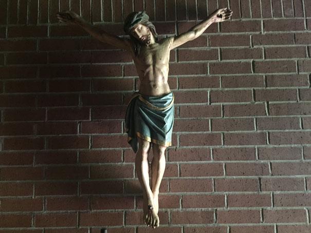 Jesus am Kreuz Foto: Ulrich Melzer