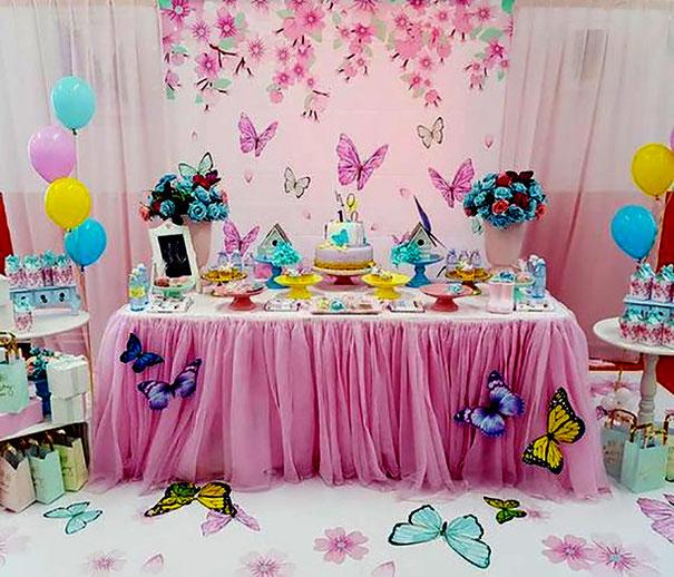 mesa de dulces mariposas