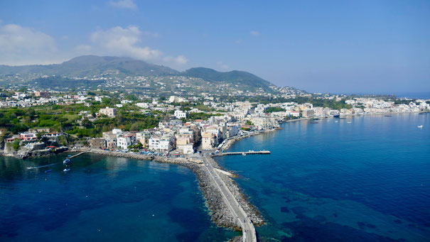 Gartenreise Italien: Insel Ischia, Epomeo und Ischia Porto