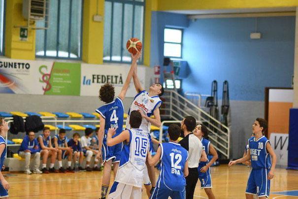 La palla a 2 della sfida contro Bra - Oreste Tomatis ph.