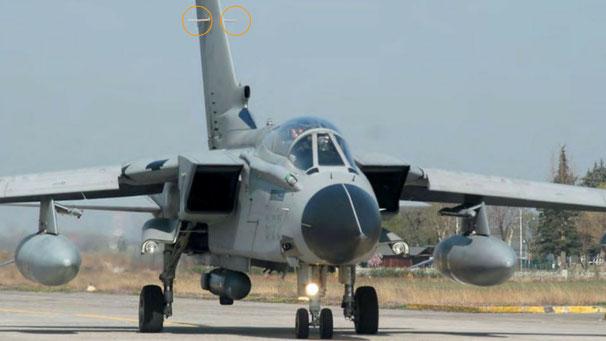 Tornado RET 7 - Un particolare che salta subito all'occhio sono le alette ai lati della deriva. (Foto: Aeronautica Militare)