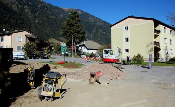 Grabung in der Ehrfeldstr. für Fernwärme und Hydrantenanschluss