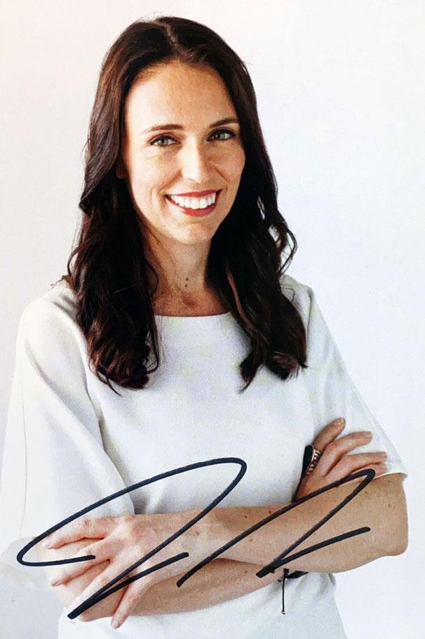 Autograph Jacinda Ardern Autogramm