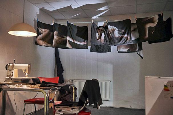 BODY OF WORK 004 (Installationsansicht) | 2017 | C-Type Print | 40 × 60 cm