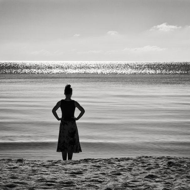 Rügen, Minimalismus, Holger Nimtz, Fotografie, minimalism, seascape, Baltic Sea, black and white, b&w, black, white, photography, wallart, silence, calm, loneliness, beach, still, fineart, coast,