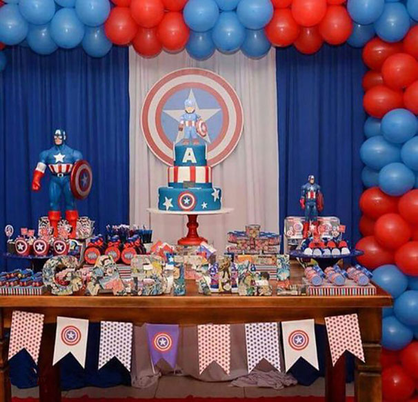 mesa de dulces capitan america