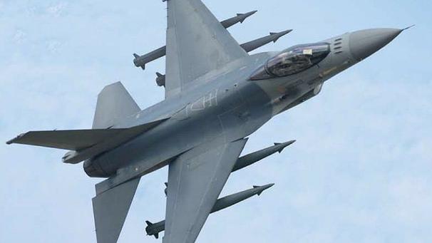 Un F-16 mostra il nuovo sistema d'arma  SkySniper. (Foto: IAI Ltd)