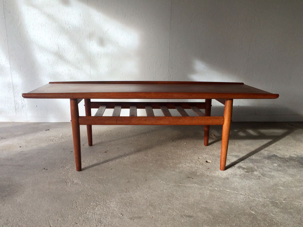 Grete Jalk, table basse vintage, table teck, table danoise, table vintage scandinave