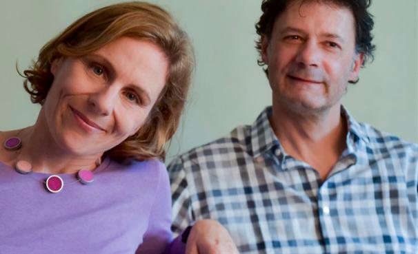 Ursula Naggies-Dinstl und Wolfgang Dinstl, Ehepaar und Eltern von drei gemeinsamen Kindern