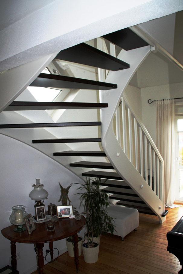colortreppen designed by tbs. Black Bedroom Furniture Sets. Home Design Ideas