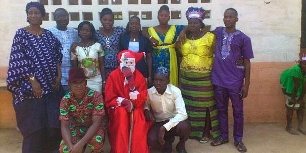 Lehrerkollegium der Schule Pergame Plus in Bénin 2015 (© Pergame Plus)