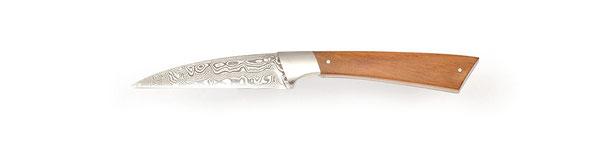 Schälmesser damaszenerstahl,  Messerdesign, Hochwertiges Messer Exklusive Messer, Handgefertigtes Messer, Handarbeit, Designermesser, Foto: Janos Freuschle, Facto Messermanufaktur