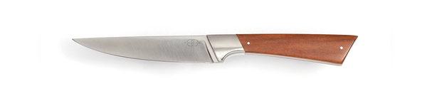 Allzweckmesser Niolox Rostfrei,  Messerdesign, Hochwertiges Messer Exklusive Messer, Handgefertigtes Messer, Handarbeit, Designermesser, Foto: Janos Freuschle, Facto Messermanufaktur