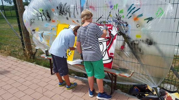 Graffiti-Workshop für das Sommerferienprogramm in Erringen-Kirchen