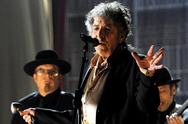 bob dylan canta a teatro
