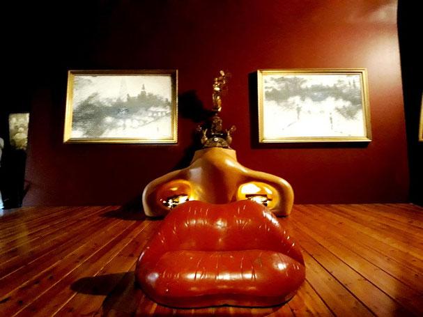 Экскурсия в музей Дали в Фигерасе и в дом-музей в Порт-Льигат