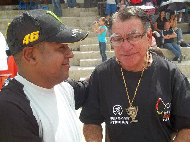 Fredy García y Edgar Torres, autoridades del V FESTIVAL DE ESCUELAS DE FÚTBOL Y ENCUENTRO DE COLONIAS SANTUARIANAS