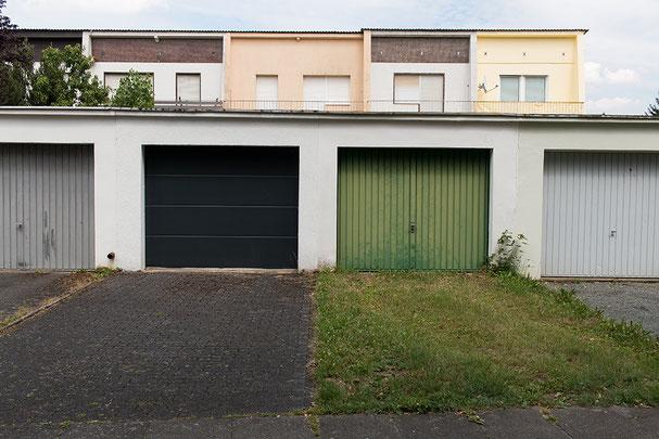 Garage, green, architecture, ground, Bonn, different, La Bonn heure,