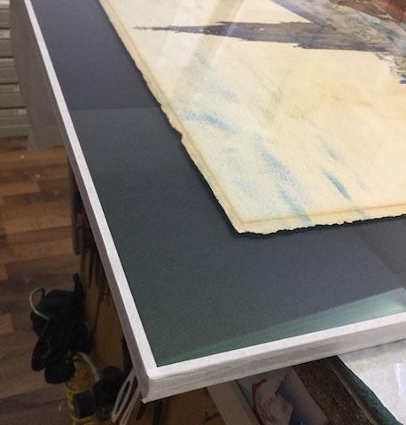 Aquarell Bern: erhöht aufgelegt. Glas, Distanzleiste und Karton staubdicht abgeklebt.