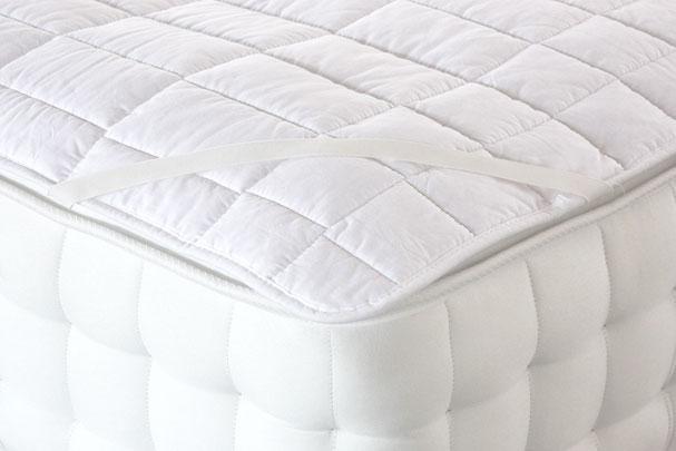 Matratzenauflage aus Baumwolle