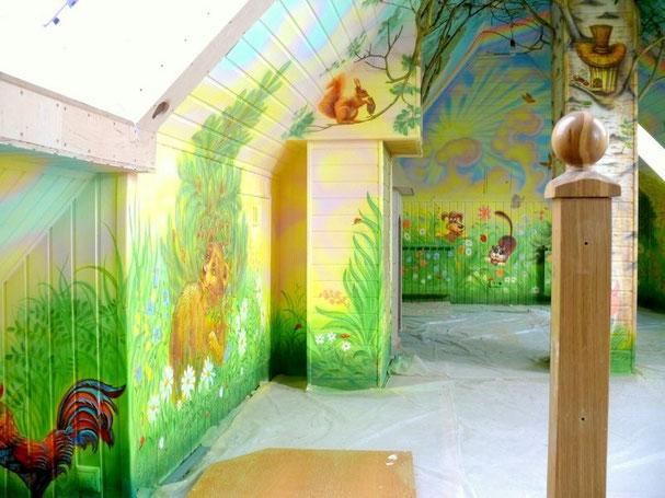 Роспись детской комнаты.