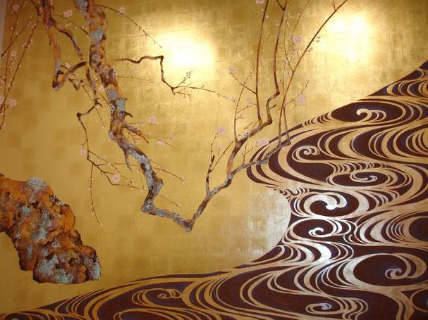 Роспись стен по золоту