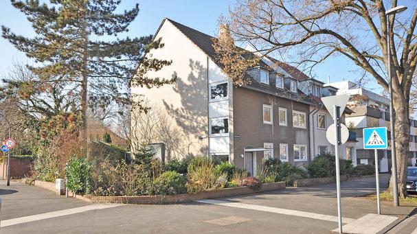 Immobilien-Mehrfamilienhaus in Köln-Lindenthal