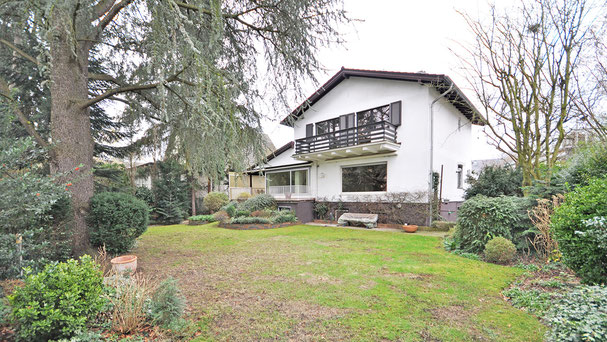 Köln-Rodenkirchen Freistehendes Einfamilienhaus