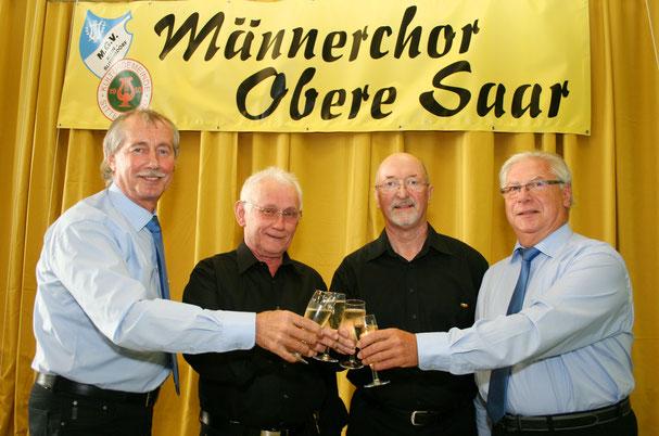 Von links: Hans Drexler, August Drexler, Ernst Andres und Werner Senzig wurde für ihre 50jährige Mitgliedschaft im MGV Kleinblittersdorf geehrt. Foto: Heiko Lehmann