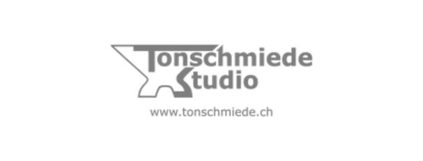 Recording, Mix und Mastering, sowie Live-Tontechniker und Backliner