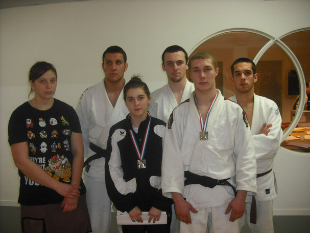 Juniors du Judo Club Argentanais
