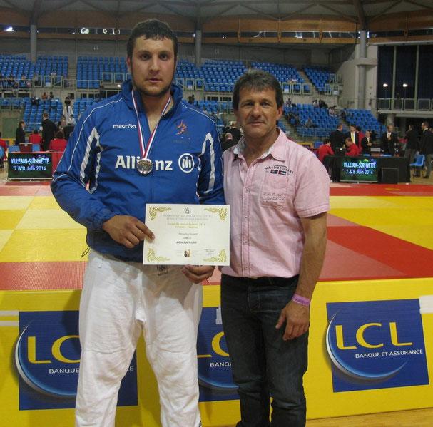 Loïc Broussot médaillé d'argent et son professeur Alberto Ramos