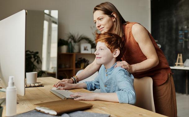Eltern lernen im Digitalum Wittgenstein, wie sie ihre Kinder vor Cyber-Mobbing schützen
