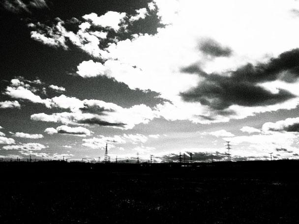 雲に乗ったらすぐにどこかへ連れ去られるのでしょう。