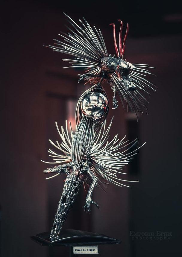 Photo de EMPORIO EFIKZ Photography  ..   Cœur du dragon Hauteur  66cm  Inox