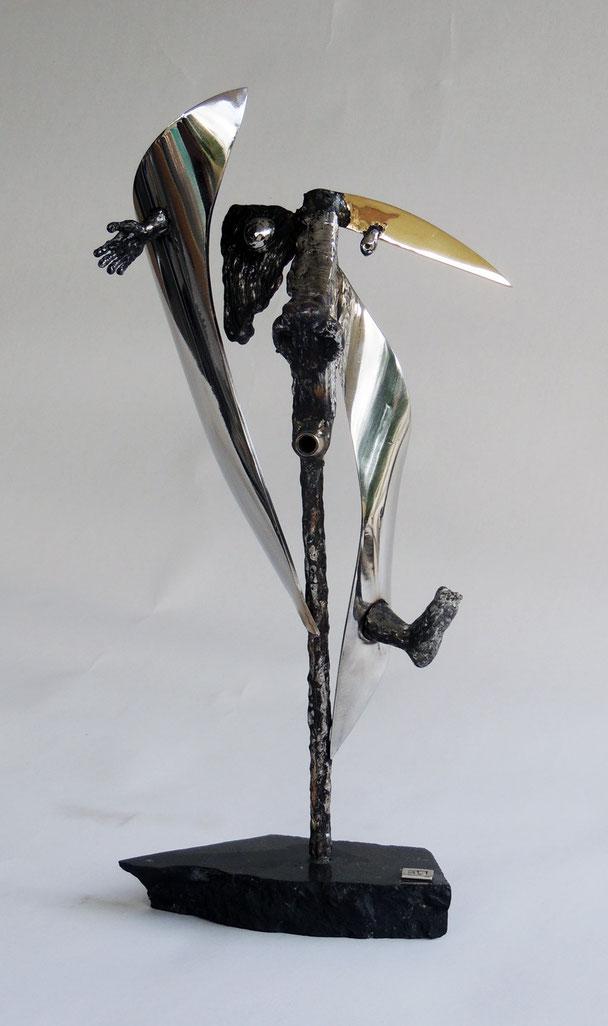 Plein le tête    Hauteur 44cm     Inox, marbre, bronze