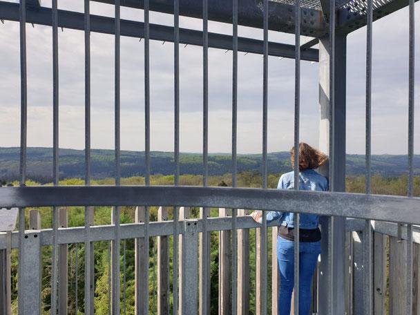 Veröffentlichung Mutprobe: Mädchen auf Turm: Psychotherapie und Psychologe in Gladbeck, Bottrop, Buer