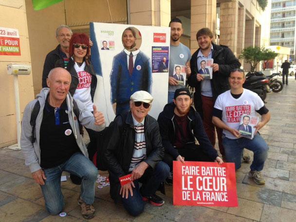 Crédit photo : Le Var avec Hamon. L'équipe en campagne : écologistes et socialistes hamonistes rassemblés !