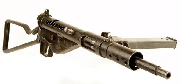 Diese Waffe ist in der Hubertusklause der Kaserne Ratz zu bewundern.