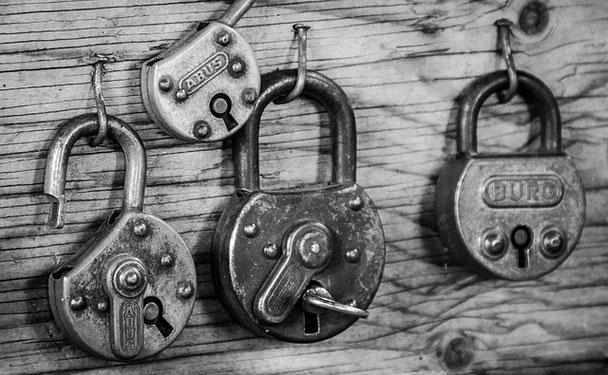 ドレッドヘアのインターロッキングとは? what is interlocking of dreadlocks?
