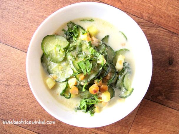beatrice winkel - One Pot Rezept | Schmorgurken mit Kokosmilch